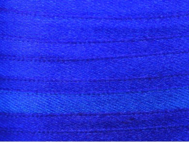 22m de ruban en satin bleu royal 6mm